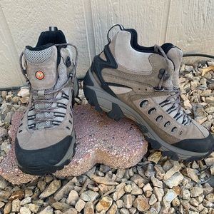 Merrell Moab Mid Waterproof Hiking Trail Boots 8.5
